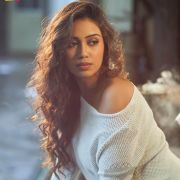 Nivetha Pethuraj Latest Beautiful Hot HD Images (1080p)