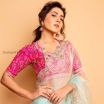 Raashi Khanna Sexy Photoshoot Photos In Green Saree (1080p)