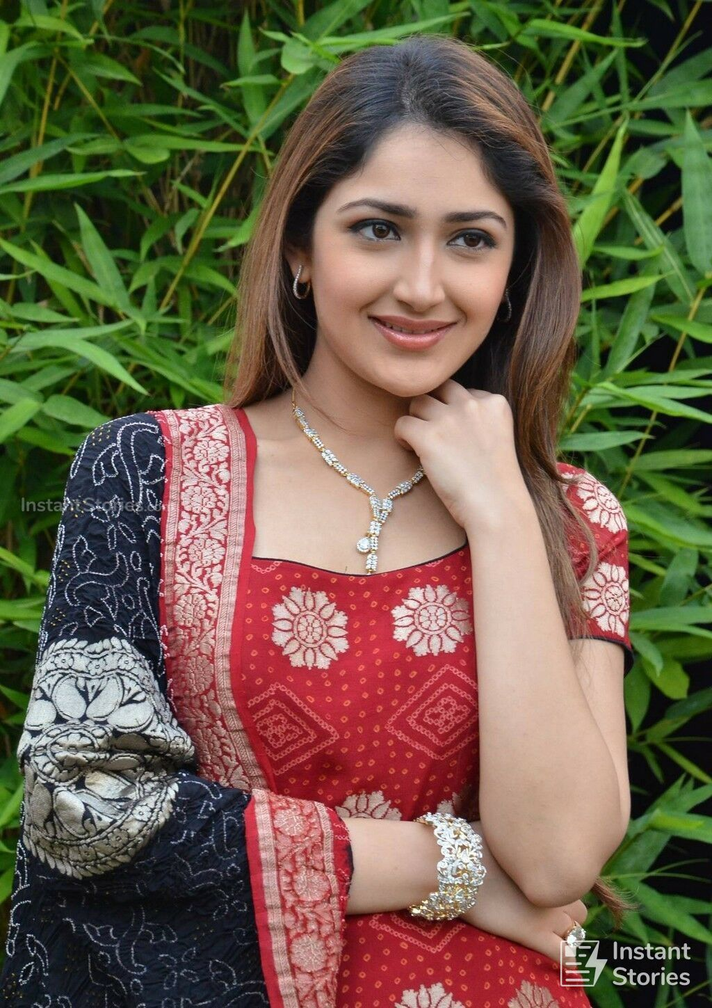 Sayesha Saigal Latest Hot HD Photos/Wallpapers (1080p,4k) (7658) - Sayesha Saigal (Sayyeshaa)
