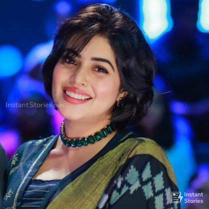 Shamna Kasim (Poorna) Hot HD Photoshoot Photos in White & Pink Dress (1080p) (16459) - Shamna Kasim (Poorna)