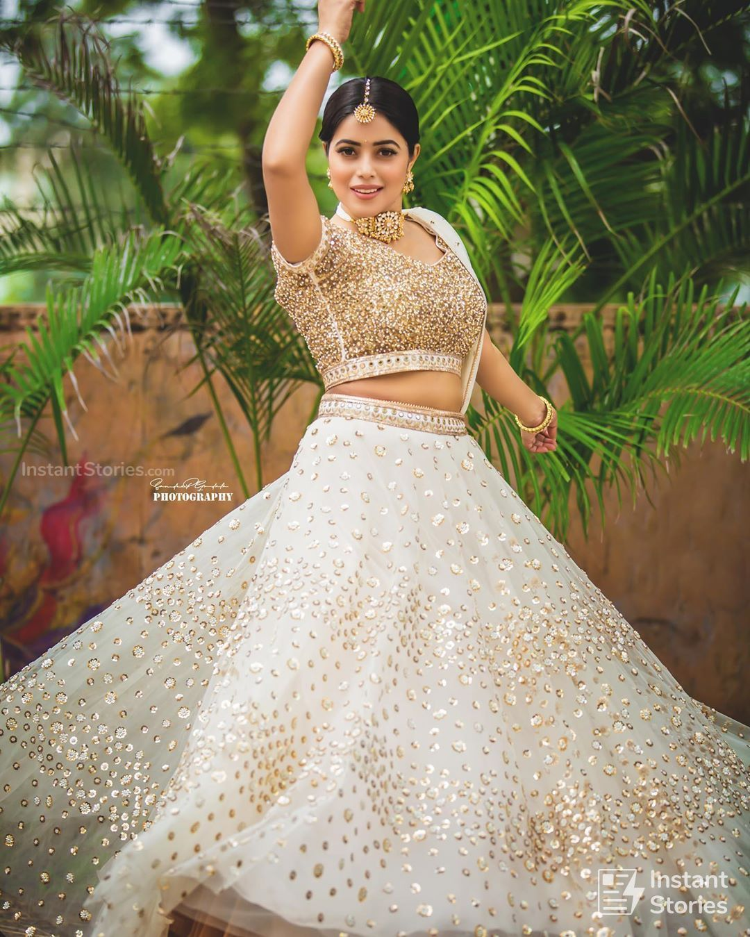 Shamna Kasim (Poorna) Hot HD Photoshoot Photos in White & Pink Dress (1080p) (16469) - Shamna Kasim (Poorna)
